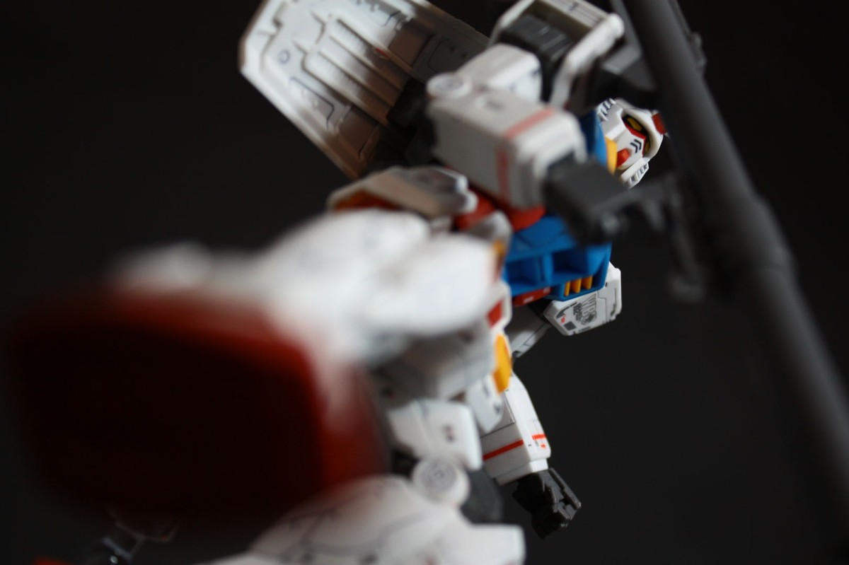 hguc-rx-78-2-gundam-041